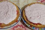 Braškinis tortas