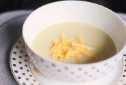 Bulvių ir porų sriuba