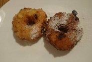 Vaisiųi ir varškės spurgos