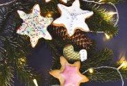 Dr. Oetker imbieriniai sausainiai dekoruoti glajumi ir pabarstukais