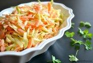 Amerikietiškos kopūstų salotos