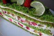 Špinatų tortas su varškės kremu ir braškėmis