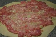 Naminių makaronų suktinukai su mėsa