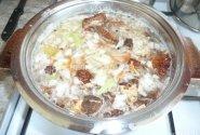 Raugintų kopūstų sriuba su džiovintais grybais