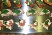 Lašišos vieno kąsnio sumuštinukai