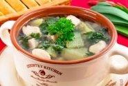 Dilgėlių sriuba su vištiena