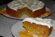 Moliūgų pyragas su grietinėlės glaistu