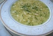 Tailandietiška vištienos ir makaronų sriuba