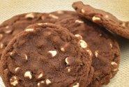 Sausainiai su baltojo šokolado gabaliukais
