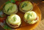 Gardūs sumuštiniai su ananasu