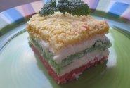 Spalvotas varškės pyragas