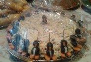 Ikrų mišrainė su pingviniukais įdarytais maskaropnės  sūrių