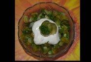 Senovinės kaimiškos agurkų salotos