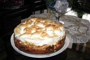 Medaus - varškės pyragas su kepure
