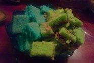 Sausainiai spalvoti