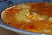 Sriuba su cukinija ir pomidorais
