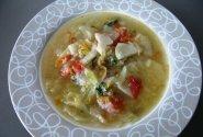 Šviežių daržovių sriuba su vištiena