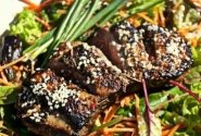 Azijietiškos salotos su antienos filė