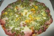 Pica su saliami ir žirneliais
