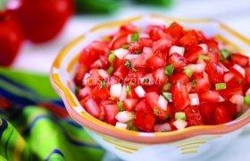 Aštriai saldi salsa