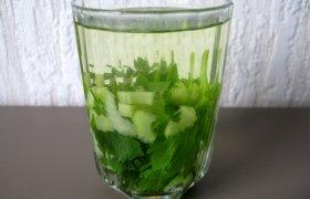 Žalioji arbatėlė, kojeles sužvarbusiems