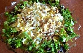 Tuno ir daržovių salotos