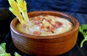 Kreminė salierų sriuba