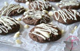 Minkšti juodojo šokolado sausainiai
