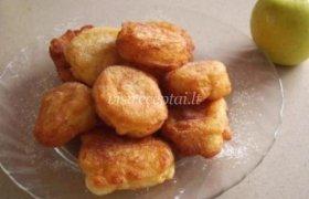 Mielinės spurgos su obuoliais