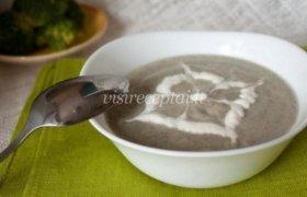 Pievagrybių ir brokolių sriuba