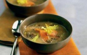 Lašišos ir lešių sriuba