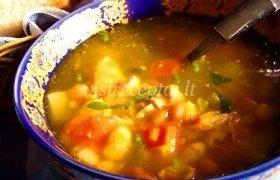 Pupelių sriuba su daržovėmis