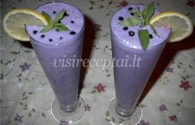 Ananasų ir mėlynių kokteilis