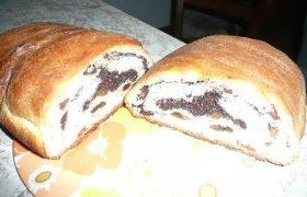 Pyragas su aguonomis ir razinomis