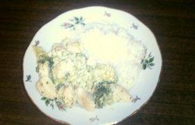 Švelni vištiena su brokoliais