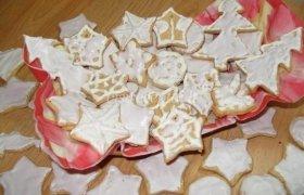 Sausainiai su cukraus glazūra