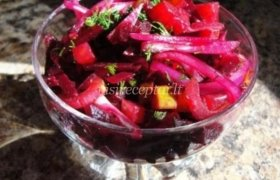 Burokėlių salotos