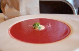 Pertrinta burokėlių sriuba