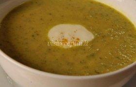 Cukinijų sriuba su kariu