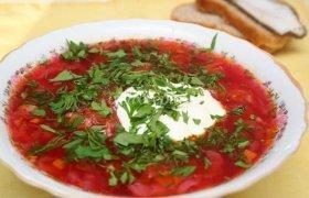 Skani burokėlių sriuba