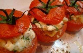 Kepti pomidorai su įdaru