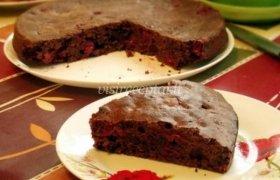 Šokoladinis vyšnių pyragas