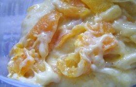 Bananų salotos su abrikosais