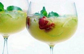 """Kokteilis """"Svaiginantis rojus"""""""