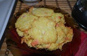 Bulviniai blynai su krabų lazdelėmis