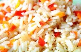 Kiaulienos troškinys su ryžiais