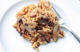 Pievagrybiai su ryžiais grietinės padaže