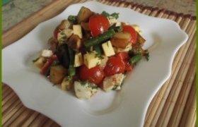 Keptos salotos su vištiena