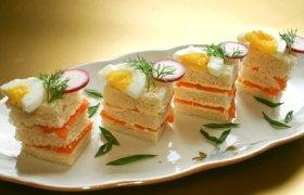 Lašišos sumuštinukai