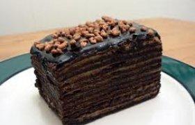 Vengriškas pyragas su riešutais ir šokoladu